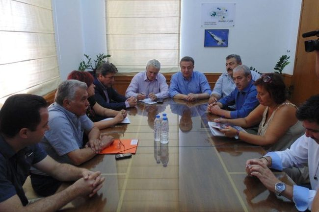 Συνάντηση με τον Περιφερειάρχη Κρήτης και τον Αναπληρωτή Υπουργό κο Τσιρώνη, με θέμα την αυθαίρετη δόμηση