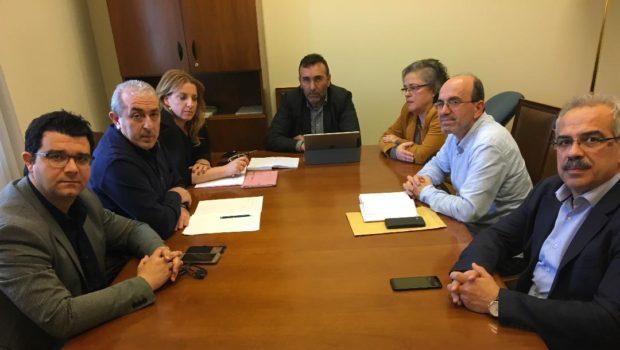 Συνάντηση στη Βουλή για το σχέδιο εξυγίανσης των ΕΛΤΑ