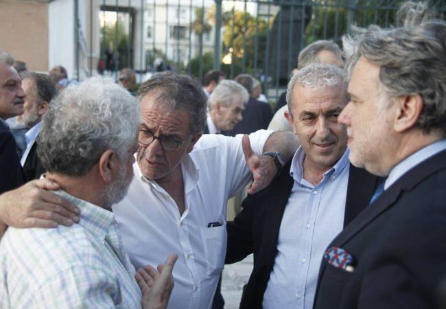 Στιγμιότυπο από συνάντηση με κους Κατρούγκαλο, Μουζάλα και Μανιό