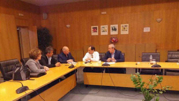 Συνάντηση Βαρδάκη Σωκράτη με τον Υπουργό Υποδομών & Μεταφορών κ. Σπίρτζη Χρήστο και τον Παγκρήτιο Σύλλογο Εργαζομένων της Υπηρεσίας Πολιτικής Αεροπορίας (Αεροδρόμιο ''Νίκος Καζαντζάκης'')