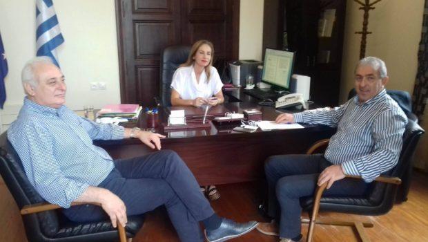 Αναπτυξιακά θέματα στην συνάντηση του Σωκράτη Βαρδάκη με τον Δήμαρχο Βιάννου και την γ.γ. Αποκεντρωμένης Διοίκησης