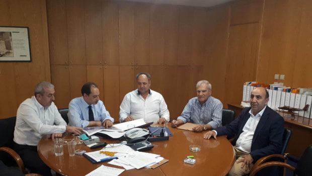 Η Ομοσπονδία οδηγών ΚΤΕΛ με τον Σωκράτη Βαρδάκη στον Υπουργό Υποδομών και Μεταφορών