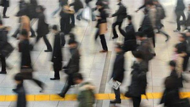 Έσπασε το «φράγμα» του 20% η ανεργία, έπεσε στο 19.5% τον Μάιο