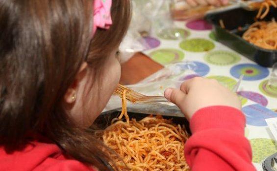 Πρόγραμμα 'Σχολικά Γεύματα' στο Ηράκλειο