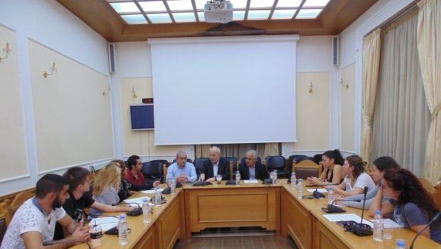 Συνάντηση στην Περιφέρεια Κρήτης για τη βοήθεια στους πυρόπληκτους φοιτητές