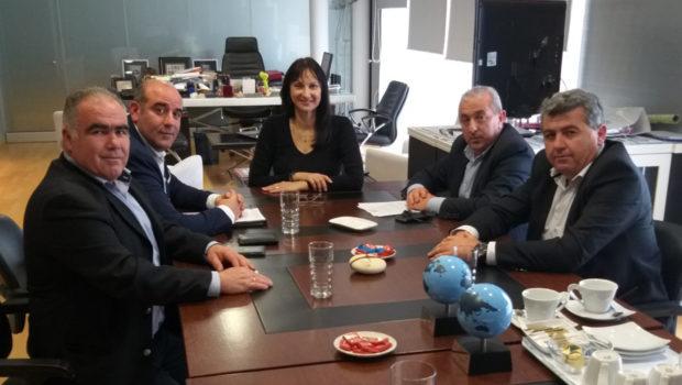 Η δημιουργία τμημάτων μετεκπαίδευσης στο Ηράκλειο στο επίκεντρο της συνάντησης στο Υπουργείο Τουρισμού