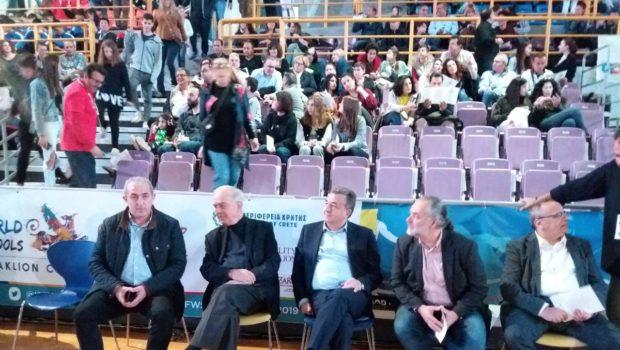 Στην έναρξη του Παγκόσμιου Πρωταθλήματος Σχολικού Μπάσκετ ο Σωκράτης Βαρδάκης