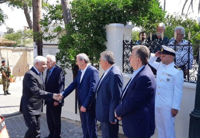 Στις εκδηλώσεις για τα 77 χρόνια από το σαμποτάζ εναντίον των δυνάμεων του άξονα στην Ευρώπη (10 Ιουνίου 1942), το οποίο πραγματοποιήθηκε στο πολεμικό αεροδρόμιο Καστελλίου, συμμετείχε ο Σωκράτης Βαρδάκης, εκπροσωπώντας το πρόεδρο της Βουλής κ. Νίκο Βούτση.