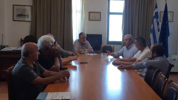 Συνάντηση Σωκράτη Βαρδάκη με εκπροσώπους εργαζομένων και διοίκηση Οργανισμού Λιμένος Ηρακλείου