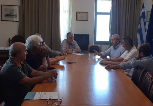 Στην συνάντηση που πραγματοποιήθηκε στις εγκαταστάσεις του Οργανισμού Λιμένος Ηρακλείου, μεταξύ των εκπροσώπων των εργαζομένων και της Διοίκησης του ΟΛΗ Α.Ε.