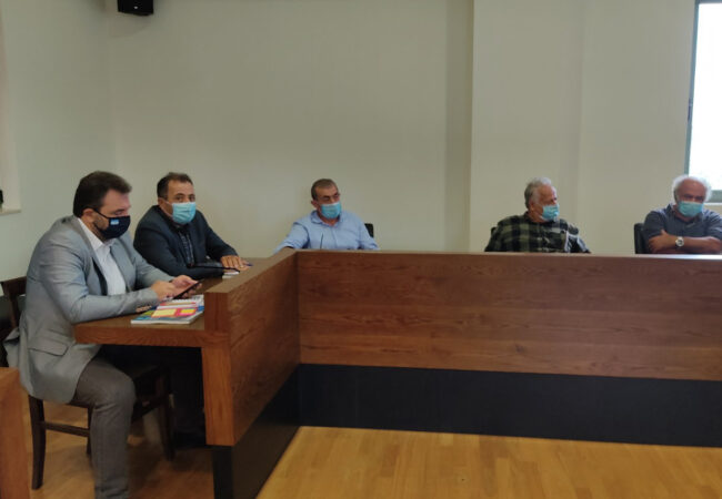 Συνάντηση Τομεάρχη ΣΥΡΙΖΑ Σταύρου Αραχωβίτη με εκπροσώπους Αγροτικών Συνεταιρισμών της ενδοχώρας Ηρακλείου