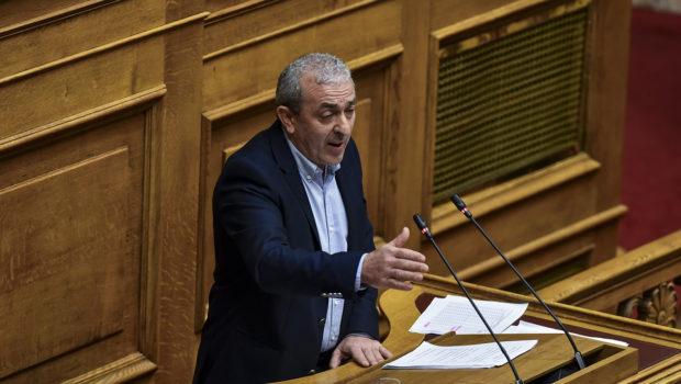 Να πραγματοποιηθεί η πλήρης εφαρμογή του προγράμματος του Μεταφορικού Ισοδύναμου για την Κρήτη ζητά με επίκαιρη ερώτηση ο Σ. Βαρδάκης