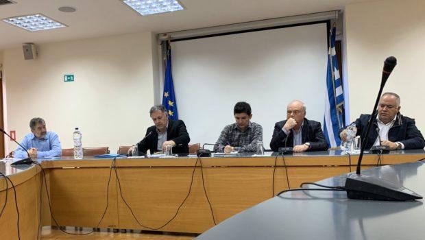Tη διευρυμένη συνάντηση στο Επιμελητήριο Ηρακλείου, για το θέμα των εξελίξεων σχετικά με την υποβάθμιση της ποιότητας του κρητικού ελαιολάδου, χαιρέτησε ο Σωκράτης .