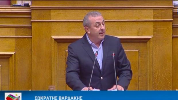 Σωκράτης Βαρδάκης: «Χωρίς κανένα σχεδιασμό για την ενίσχυση των ελαιοπαραγωγών Κρήτης, ως αντιστάθμισμα της απώλειας της παραγωγής τους εμφανίζεται το ΥπΑΑΤ»