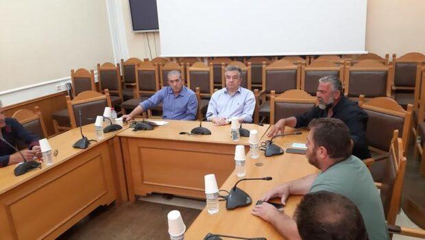 Συνάντηση στην Περιφέρεια Κρήτης με αγρότες Ηρακλείου