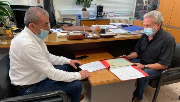 Στο Υποκατάστημα ΕΦΚΑ Μισθωτών Αγίου Μηνά. Συνάντηση Σωκράτη Βαρδάκη με τον διευθυντή κ. Νίκο Ροκαδάκη.