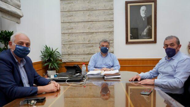 Σωκράτης Βαρδάκης: «Με σύσσωμη την τοπική κοινωνία και τους φορείς της Κρήτης, δηλώνουμε ξεκάθαρα ότι δεν θα επιτρέψουμε να υλοποιηθεί αυτό το κατάπτυστο εγχείρημα υφαρπαγής του συγκροτήματος του Εκθεσιακού Κέντρου Κρήτης»