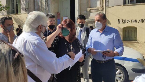 Σ. Βαρδάκης: «κ. Μητσοτάκη, από την αναλγησία της Κυβέρνησής σας, οι εργαζόμενοι των κοινωνικών δομών στη Κρήτη χάνουν την δουλειά τους και το κοινωνικό κράτος γκρεμίζεται, μέσα από την υποστελέχωση των δομών»